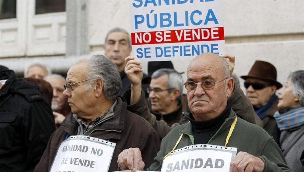 El TSJM mantiene la suspensión de la externalización de hospitales madrileños
