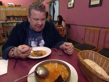 El estómago de Alberto Chicote, a prueba de balas con los platos de 'Pesadilla en la cocina'