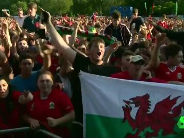 Euforia en Gales tras su histórico pase a cuartos de final de la Eurocopa