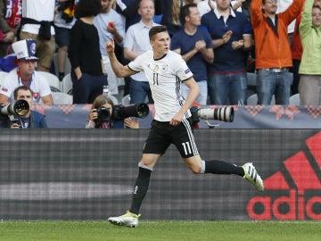 Draxler celebra un gol con Alemania