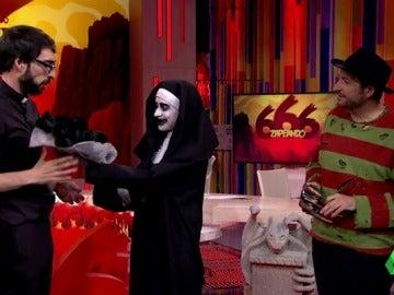 """Frank Blanco, a la 'monja': """"Le has echado el ojo al 'curita', ¡eh!"""""""