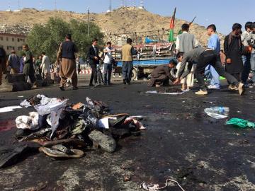 Daesh reivindica un ataque suicida en Kabul que deja al menos 80 muertos y más de 200 heridos