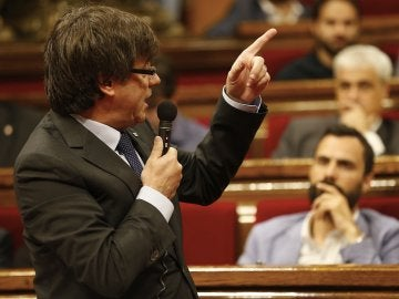 Carles Puigdemont, en el Parlament de Cataluña