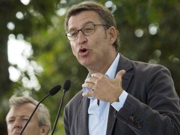 """Alberto Núñez Feijóo: """"Pedro Sánchez ha llevado al PSOE al suicidio colectivo"""""""