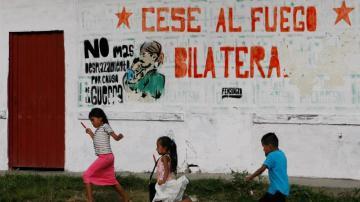 El pacto de paz definitivo entre las FARC y el Gobierno de Colombia entra en vigor poniendo fin a 50 años de conflicto