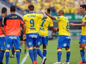 Las Palmas celebrando el gol de Boateng ante el Granada