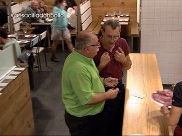 """El duro enfrentamiento entre el jefe de sala y un camarero: """"Es un matado, no tiene cojones a darme un bofetón"""""""