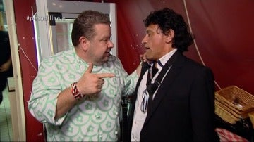 """Chicote pierde los nervios con el propietario del 'ELE': """"A la siguiente, te cojo la guitarra y la tiro a tomar por culo"""""""