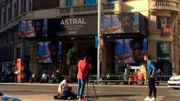 Las primeras imágenes de 'Astral' ocupan las pantallas de los Cines Palacio de la Prensa de Madrid