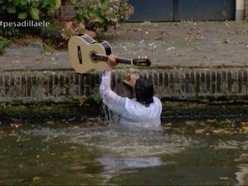 """Fermín, su guitarra y el momento más loco de Alberto Chicote en Pesadilla en la cocina: """"¡A tomar por culo!"""""""