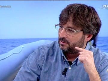 """Jordi Évole, sobre su experiencia en 'Astral': """"Hay unos hijos de puta que están haciendo un negocio cojonudo con los migrantes"""""""