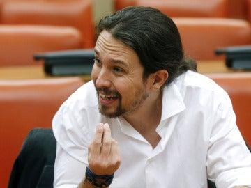"""Pablo Iglesias: """"Para el PP, esta investidura es un trámite desagradable, y para el PSOE, vergonzoso"""""""