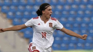 Eva Navarro celebra su gol contra Venezuela