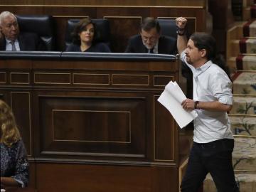 """Pablo Iglesias: """"Hay más delincuentes potenciales en esta Cámara que ahí fuera"""""""