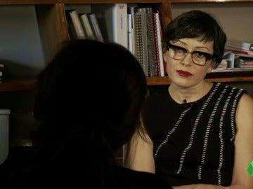 """Habla la gobernanta de hotel que puso en apuros a Pablo Casado: """"En mi trabajo si das la cara te la pueden partir"""""""