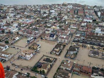 Vista aérea del área urbana de Los Alcázares inundada por el temporal