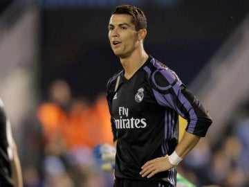 Cristiano Ronaldo se lamenta tras una ocasión en Balaídos