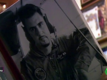 """Frame 77.713894 de: Paco Cardona: """"Es el gran error de mi vida y me mata por dentro, no haber abierto su ataúd el primer día"""""""