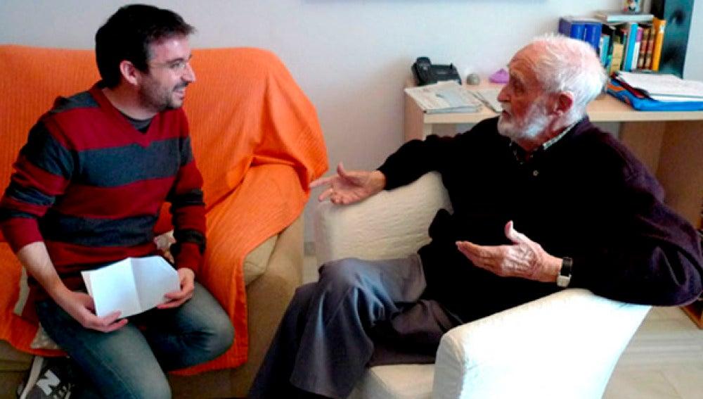 Jordi Évole conversa con José Luis Sampedro