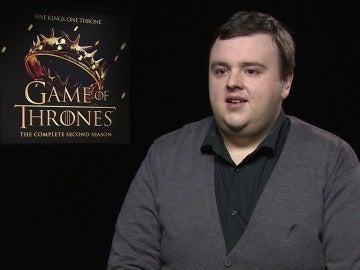 """John Bradley: """"Creo que el trono lo tiene que ocupar un Stark"""""""