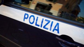 Coche de la policía italiana
