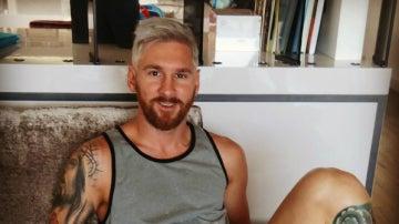 Messi sorprende en las redes sociales al teñirse de rubio
