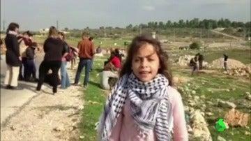 Reportera de guerra por necesidad: Janna tiene 10 años y denuncia los abusos del Ejército israelí en Cisjordania