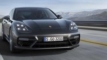 Contacto Porsche Panamera 2017