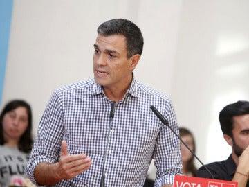 Pedro Sánchez durante un acto en Galicia