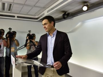 """Pedro Sánchez, tras dimitir: """"Lo importante es sostener la palabra. No puedo sostener esa decisión"""""""