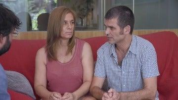 """Carlos Martínez, enfermo de ELA: """"Lo primero que pensé fue cómo acabar con esto. Miré las formas de suicidio"""""""