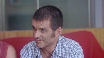 """Carlos, enfermo de ELA: """"Quiero morir cuándo y cómo quiera. Si en España existiera la eutanasia, la pediría"""""""