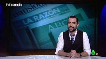 """Dani Mateo lee la cartilla a 'La Razón' y 'El País': """"Vaya, la abstención crea extraños compañeros de línea editorial"""""""