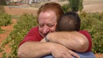 """Mónica se sincera con su padre: """"No me siento tu hija. A mi hermana le das un beso, a mí, cuatro voces"""""""