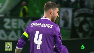 ¿Por qué cambiaron la posición Ramos y Varane?