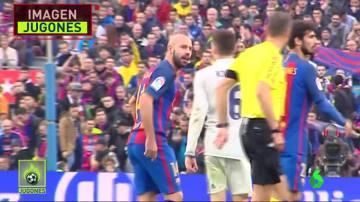 Clos Gómez le permitió todo a Mascherano