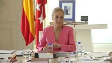 Frame 40.599778 de: Cristina Cifuentes propone que el presidente del PP sea elegido en primarias con primera y segunda vuelta