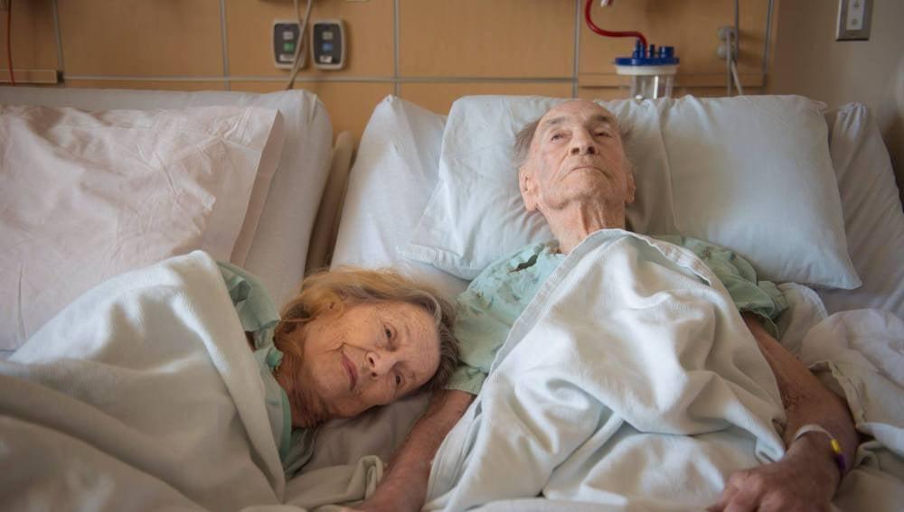 George y Eloise Morris en el hospital