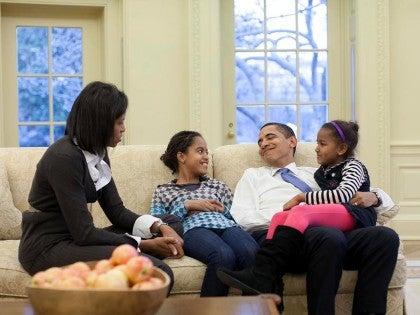 Barack Obama, junto a su familia en la Casa Blanca