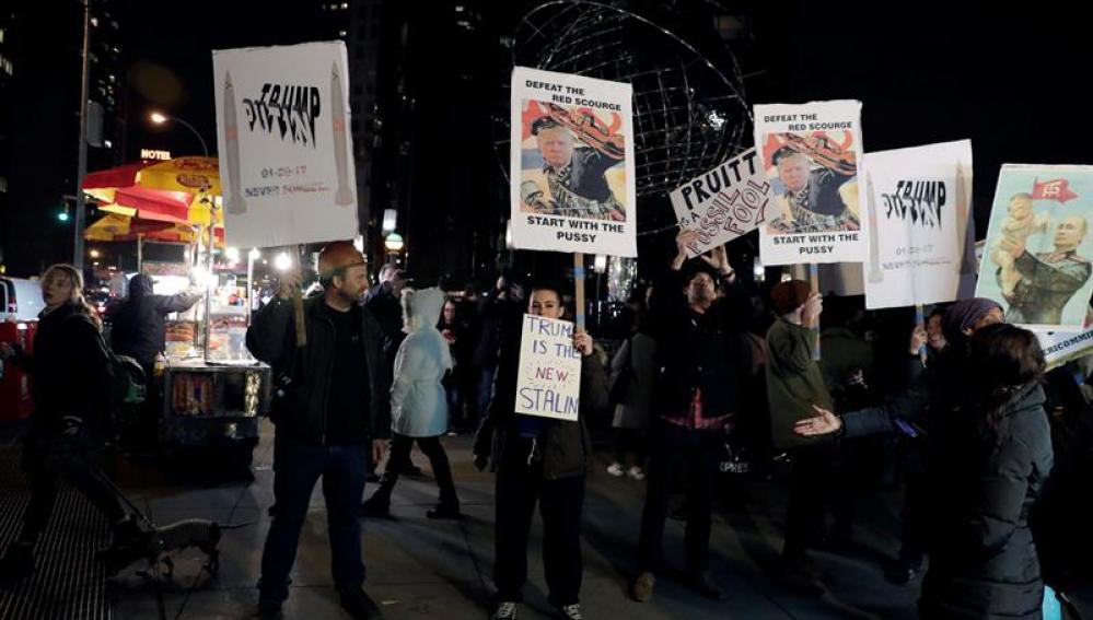 Empiezan las protestas contra la investidura de Donald Trump en Washington