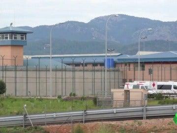 Frame 14.41472 de: prisión