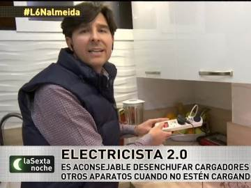 Manuel Amate, electricista y youtuber