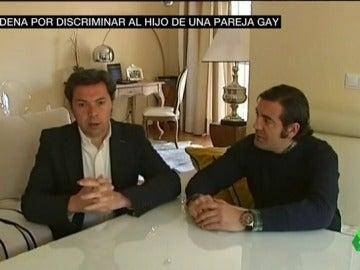 Frame 25.284174 de: Condenada la directora de admisiones de un colegio de Sevilla por denegar una plaza al hijo de una pareja gay