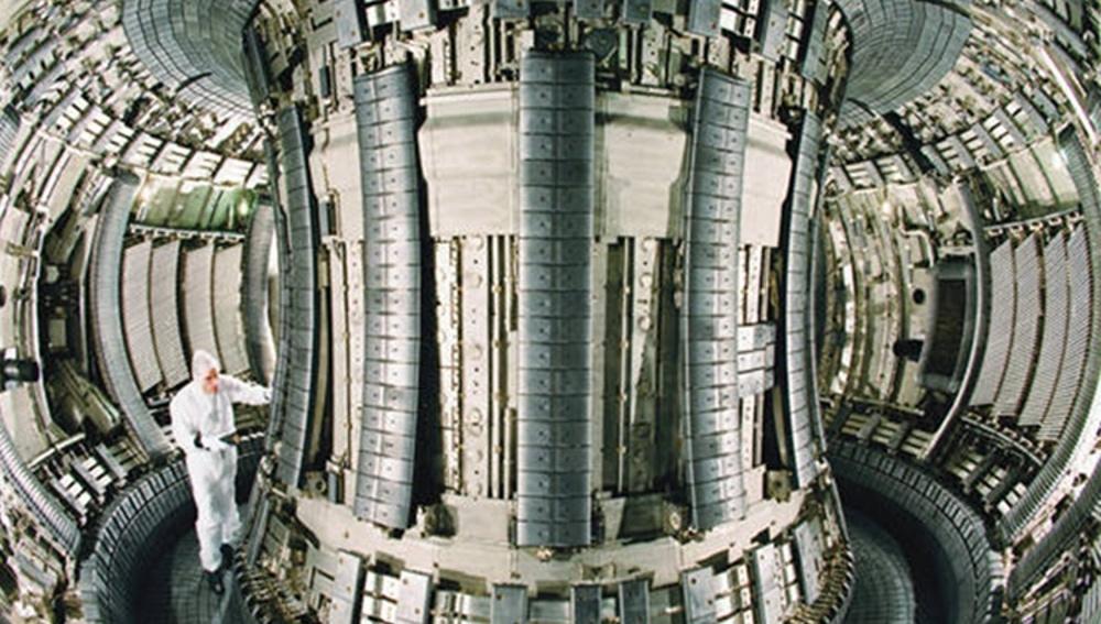 Reactor de fusión nuclear, Tokamak