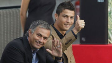 Mourinho y Cristiano Ronaldo en una recogida de premios