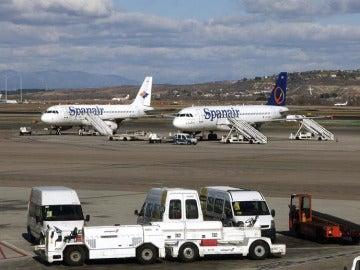 Aviones de Spanair en el aeropuerto