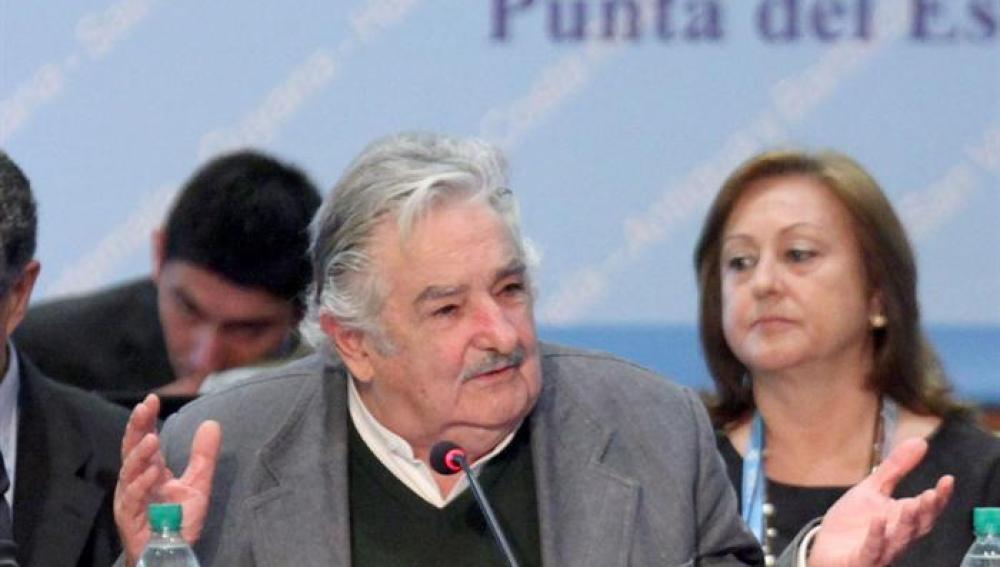 El presidente José Mújica tendrá que ratificar la Ley que legaliza el aborto