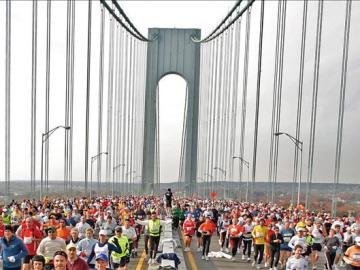 Miles de corredores protagonizan su maratón particular en Central Park