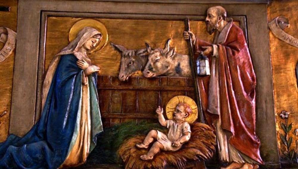 Nacimiento de Jesús con asno y buey