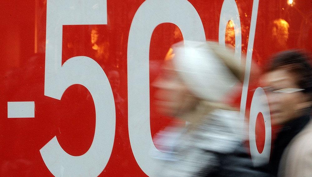 Descuentos agresivos para compensar el descenso de ventas